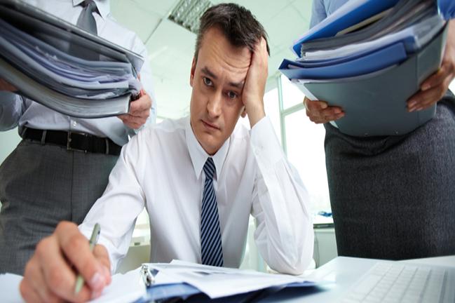 Como gerenciar a sobrecarga no trabalho