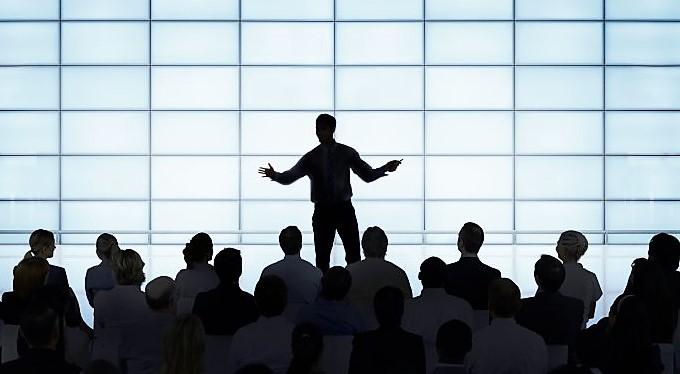 Aprenda a falar em público sem medo