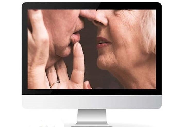 Idosos buscam respostas sobre sexo na internet