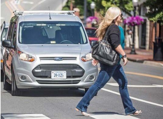 Carros autônomos atropelas mais pessoas negras do que brancas