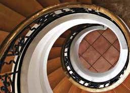 Como retardar o envelhecimento da massa cinzenta usando as escadas